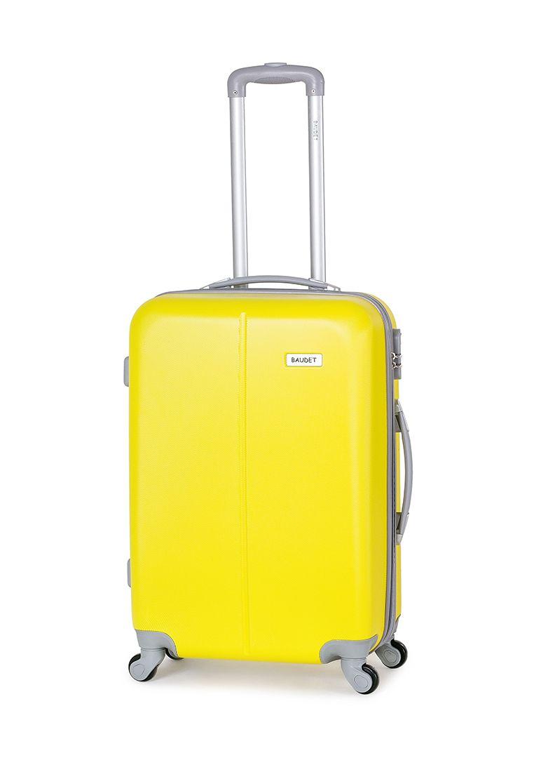 Пластиковый чемодан на 4-х колёсах